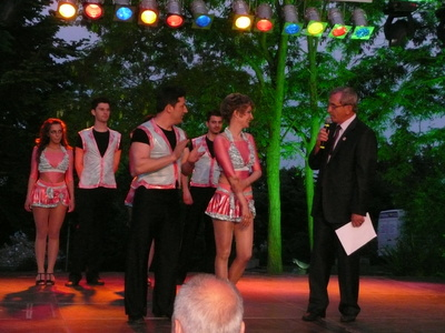 Мими и Марто от танцова школа МАЛАМБО на сцената