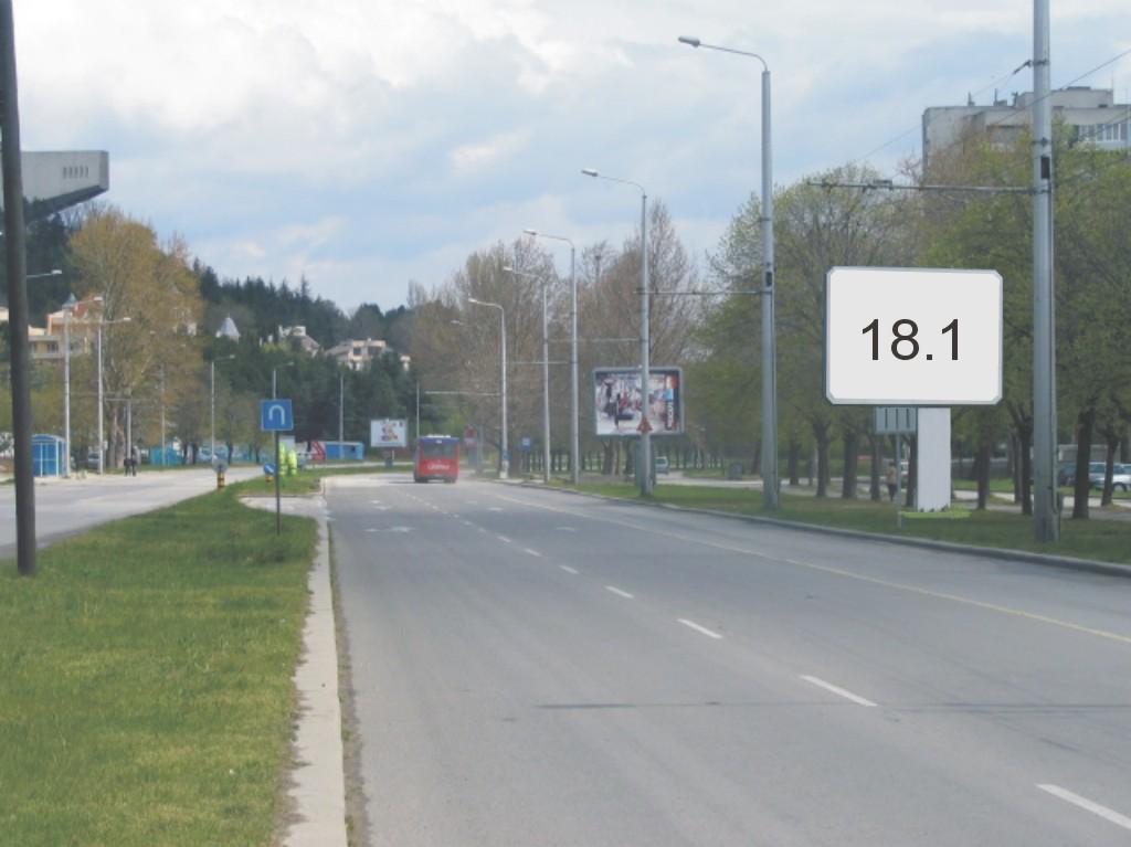 Билбордове под наем позиция 18.1: Варна, бул. В. Левски - Златни пясъци