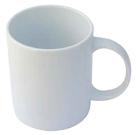бяла керамична чаша